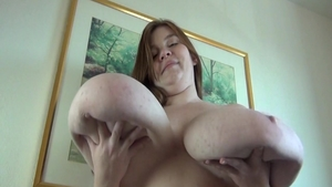 Lexxxi Luxe big ass BBW jumping on cock solo