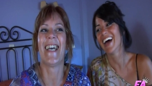 Threesome together with housewife Chelsea Poe plus Ian Scott