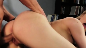 Hottest blonde hair raw cumshot