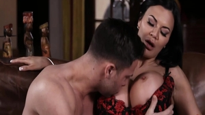 Sexy Jasmine Jae stepmom finds dick to fuck porn