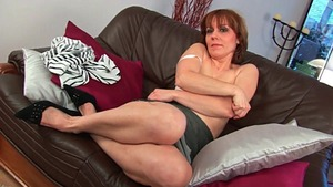 Raw sex in company with hairy pussy stepmom