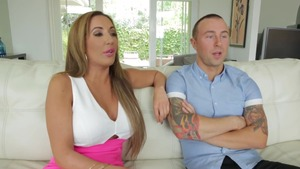 Pussy sex with Richelle Ryan and Elle Ryan