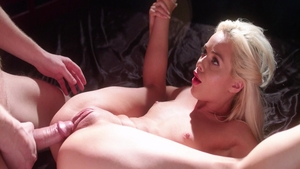 Horny Elsa Jean helps with hard sex