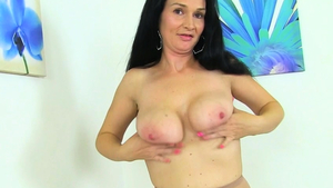 Big boobs british mature feels in need of plowing hard in HD