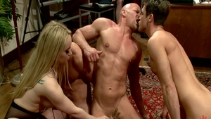 Hard sex with sexy mistress Aiden Starr