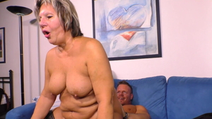 Young large tits MILF blowjobs HD