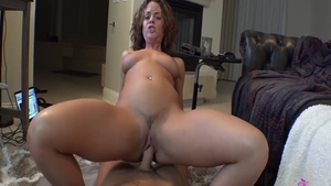 Big ass brunette Rahyndee James feels up to hard pounding