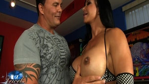 Hardcore real sex amongst busty american brunette Jewels Jade