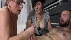 Young MILF agrees to real sex
