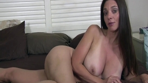 Super sexy and big butt Mindi Mink finds dick to fuck