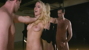 Loud sex together with very hawt Mia Malkova & James Deen