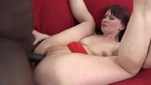 Ebony MILF goes in for ravage nailing