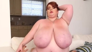 Big tits Lexxxi Luxe finds dick to fuck sex video