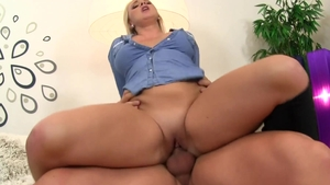 Blonde haired Lilith Lee craving loud sex HD