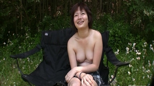 Young asian MILF finds pleasure in hard slamming