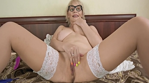 Raw sex together with very sexy MILF