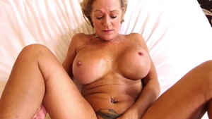 Large boobs stepmom blowjobs on vacation