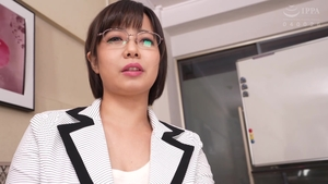 Asian MILF toys in HD