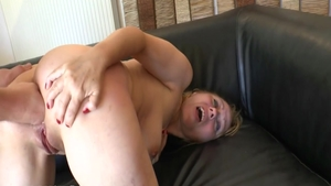 Glamour french chick fucking in the ass HD