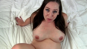 Mature Kinky Kristi does what shes told
