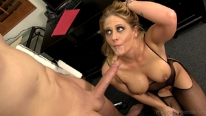 Large boobs MILF Holly Heart in sexy stockings cumshot