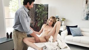 Fingering escorted by long haired teen chick Aiden Ashley
