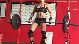 Muscle and pretty female raw fitness solo