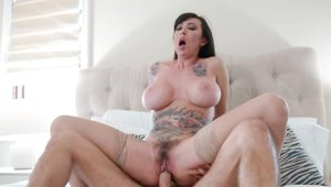 Long legged MILF Lily Lane wishes for nailing