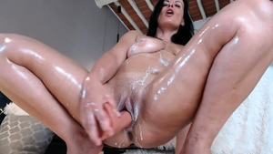Rough sex escorted by large boobs brunette