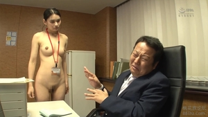 Asian brunette goes for raw fucking in HD
