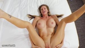 Stunning stepmom cum on face in HD