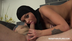 Hard slamming together with arab housewife Daphne Klyde