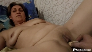 Very fat MILF homemade toys action