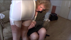 Pussy fucking escorted by european stepmom Satine Spark