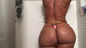 Big ass pawg agrees to hard fucking