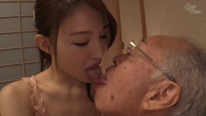Asian pussy eating