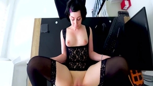 Amateur enjoys greatly the best sex in HD