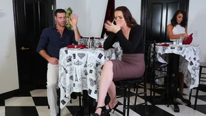 Russian brunette Adriana Chechik agrees to sex in HD