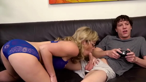 Huge boobs MILF Cory Chase loves pussy fucking