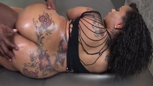 Hard sex in company with inked ebony amateur
