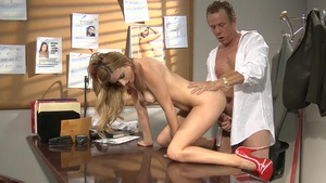 Mature Lexi Belle hard fucked all the way in office