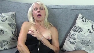 Lady sextasy really likes raw sex