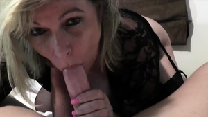 Raw sex in company with huge british cougar